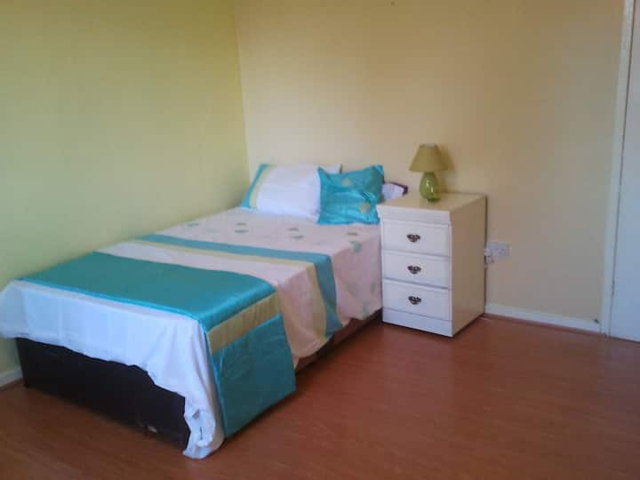 Rooms Near Manchester city centre