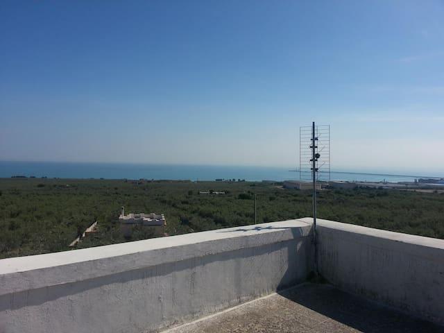 Casa in Campagna con Terrazzo - Province of Foggia - Hus