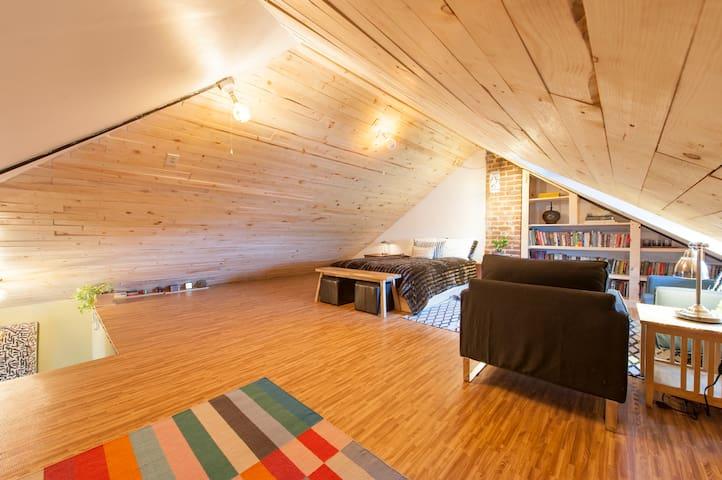The Bancroft Duplex & Loft