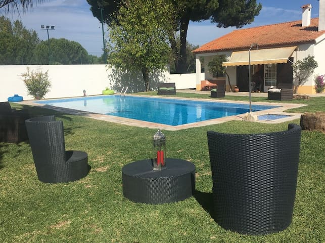 Country Club Santo Estêvão Piscina
