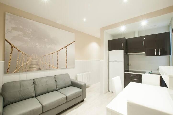 4 bedroom renewed apart fantastic neighborhood 3B4 - Madrid - Wohnung