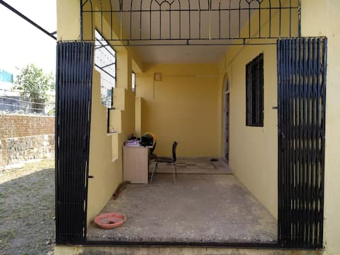 Bungalow House available for Rent