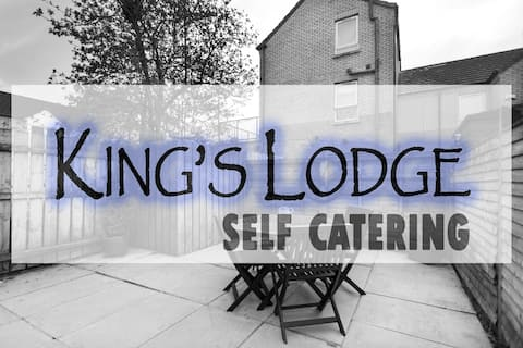 KING'S LODGE - One Bedroom Apartment
