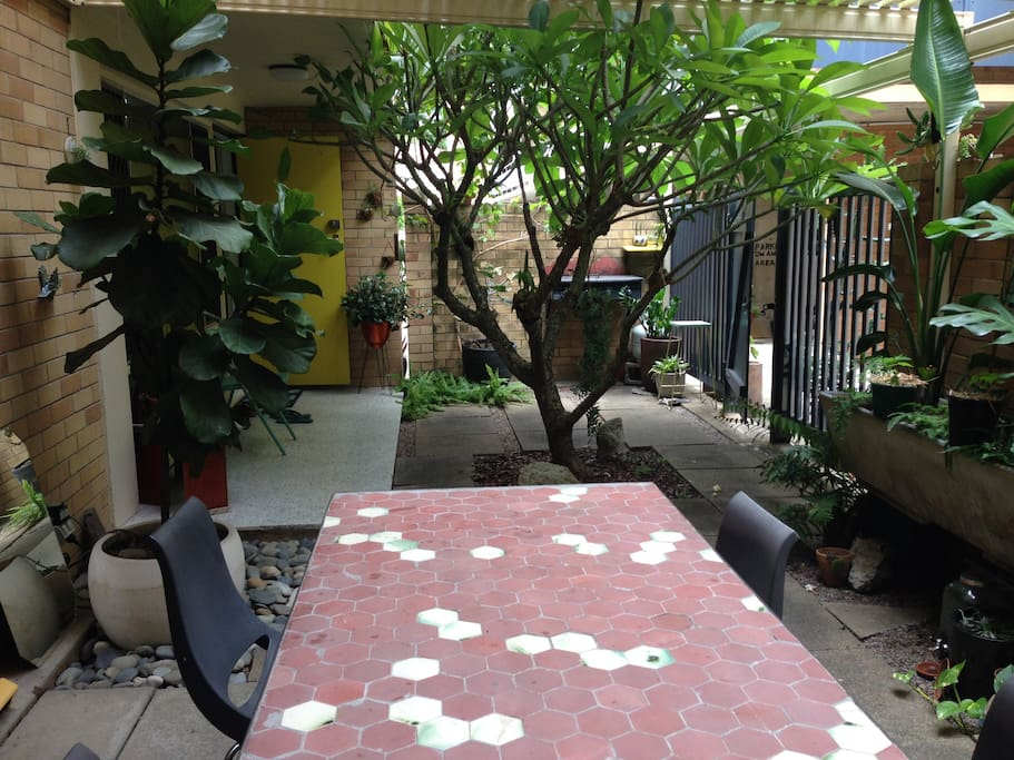 Courtyard garden and table.