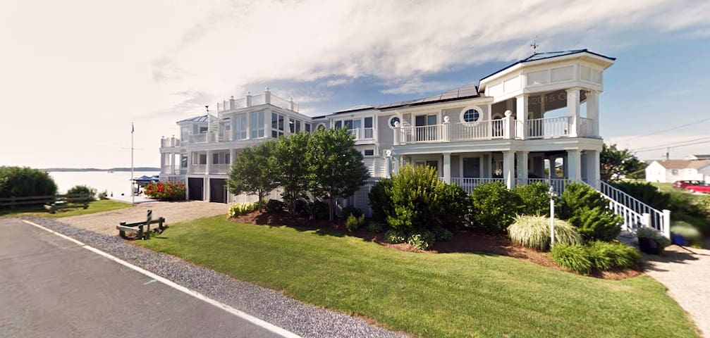Private Bayfront Family Home 2 Blocks From Beach - Fenwick Island - Casa