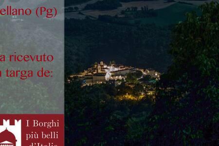La castagna near Spoleto - Sterpare