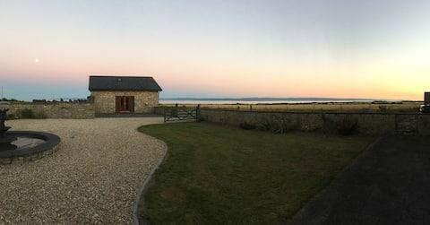 A Costal Path Beach House With Sea Views