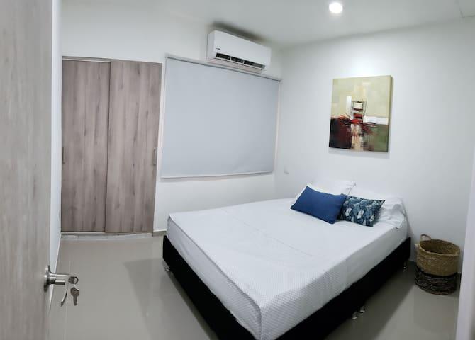Habitación #1  1er Piso (1P-1) cama doble