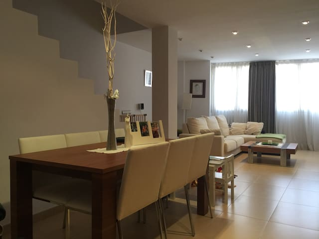 casa ideal para unas vacaciones en familia - Búger - Hus