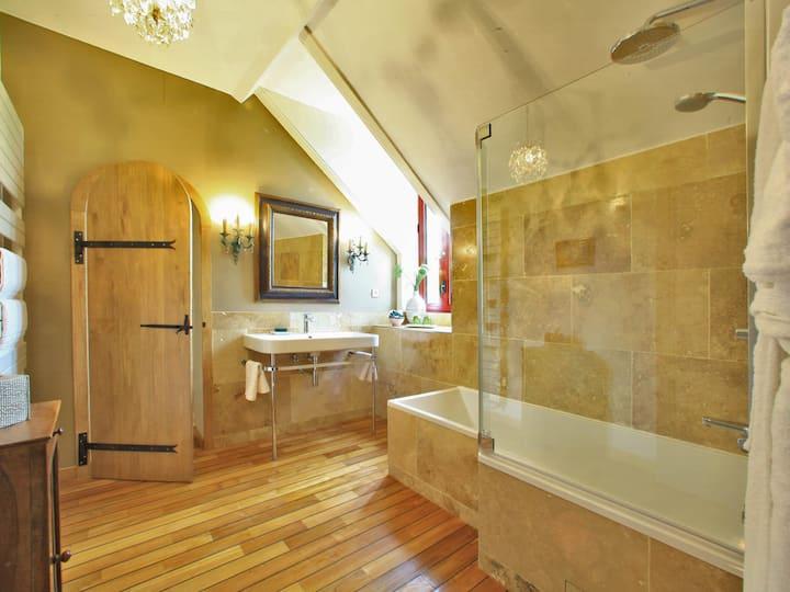 Double room-Superior-Ensuite with Bath-Garden View-Castelnaud