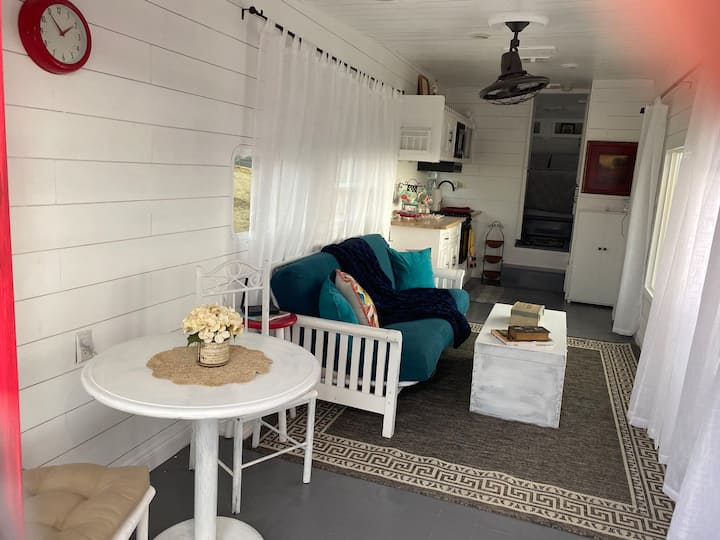 Cozy space with view of wine country dog friendly