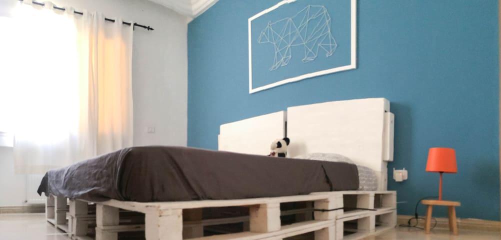 Deuxième chambre à coucher / second bedroom