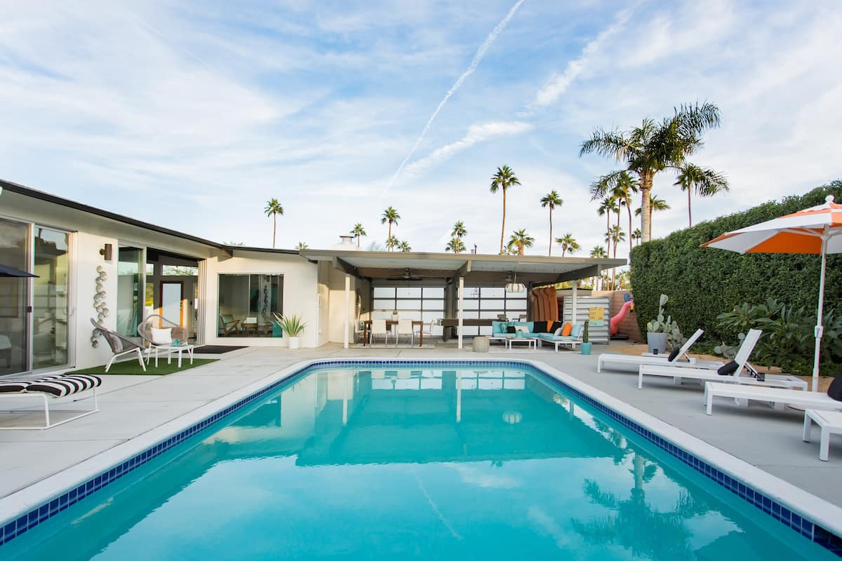 Spectacular Mid-Century Modern Palm Springs Pad