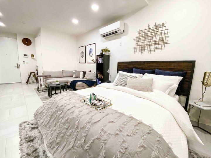 LIC Dreams Duplex |  Two Bdrm & Two Floors of Cozy