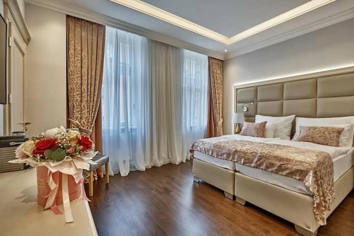 Golden Key Hotel - BERLIN - Superior room
