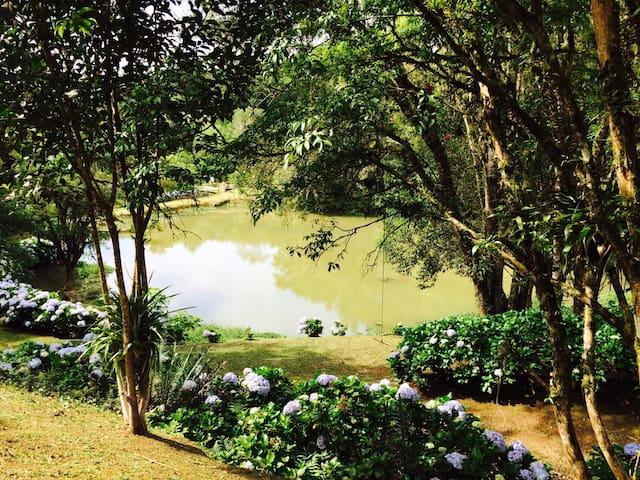 Maravilhosa Chácara na Região de Curitiba