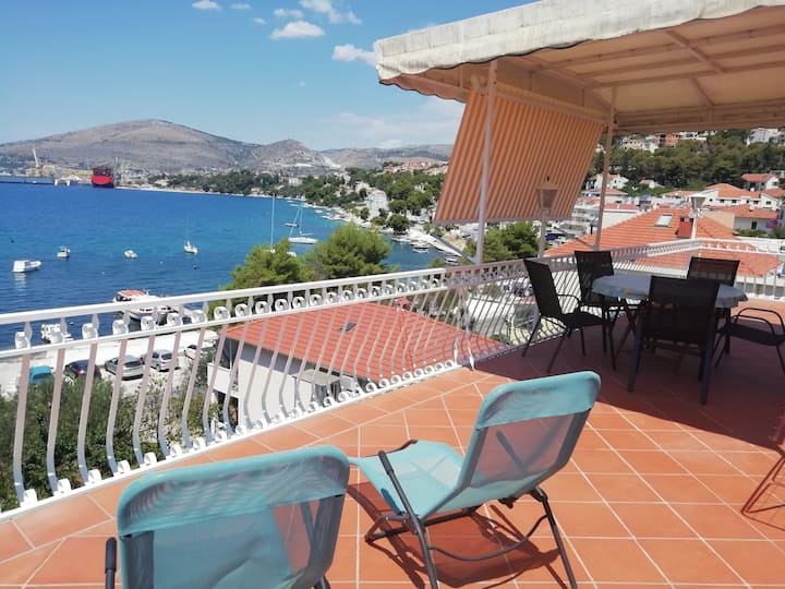 Sea view Apartment Ana - Trogir Čiovo