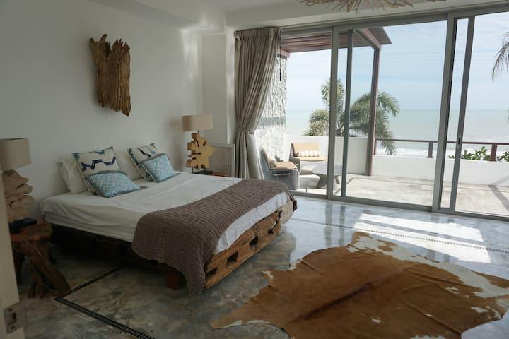 Stunning master bedroom, bathroom en suite. Unique custom furniture made just for the villa.