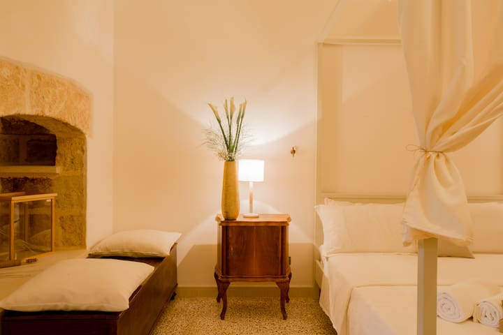 Ashian Palace - Superior Apartment in Salento