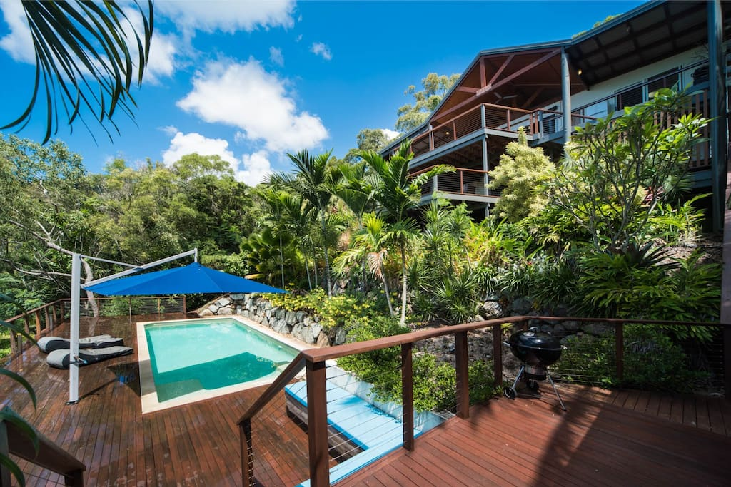 Stunning 5 bedroom beach house with huge 10 Meter pool and entertainers gazebo