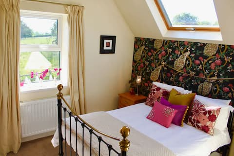Stunning 3 Bed Luxury Lincolnshire Wolds Cottage