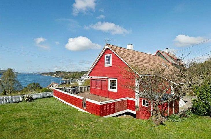Nice house in suburban Bergen - Bergen - House