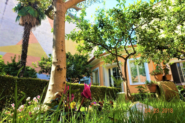 """""""Secret Garden"""" - Villa in the heart of Tirana"""