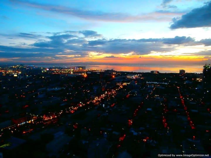 Millionaire Manila Bay Sunset Penthouse 42nd Floor