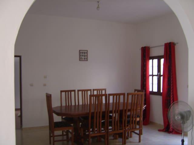 Villa Grand-Bassam 15 min d'Abidjan - Grand-Bassam - Hus