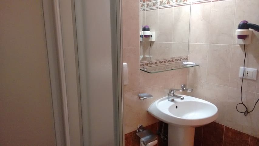 15 minutes walk from the Coliseum&Termini station