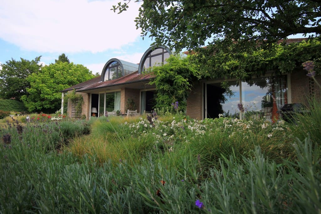 Villa contemporaine dans la belle nature