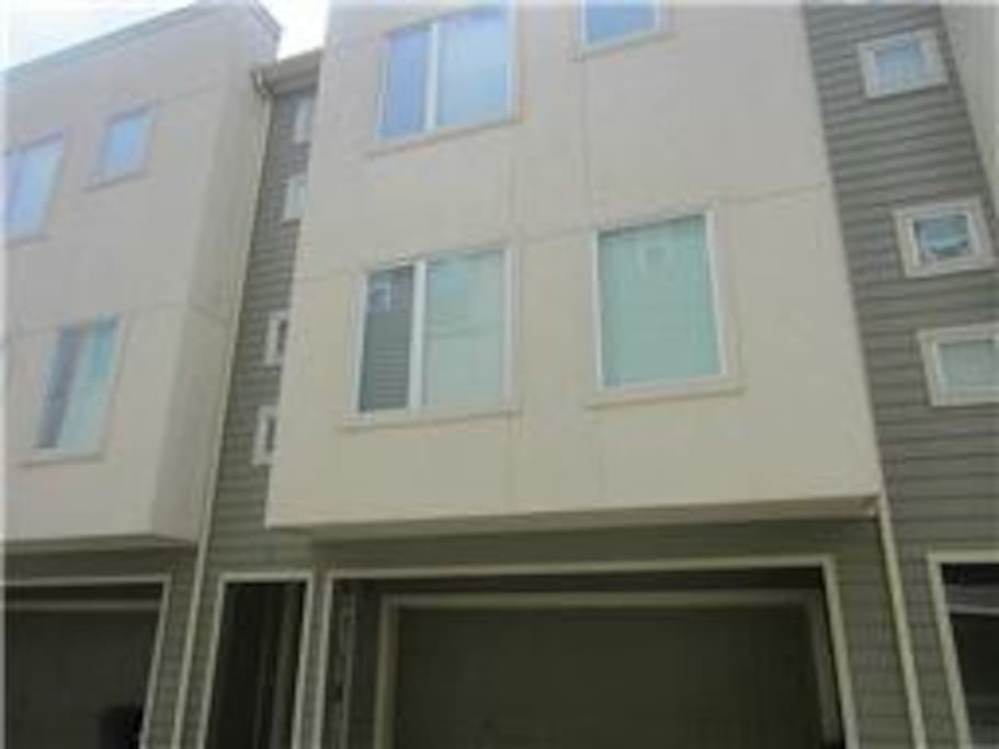 House is on second row of town homes, with gated entrance for best security.