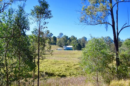 Bunya Creek Farm Stay - Bollier