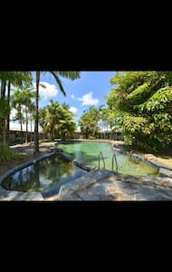 resort style house/unit - Μπανγκαλόου