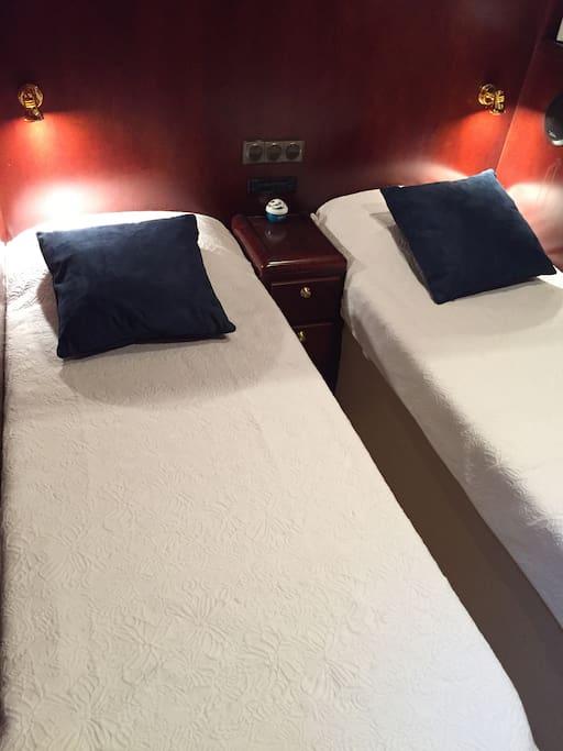 Cabine N°1  avec 2 lits simples