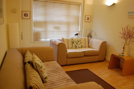 Harbour Mews Holiday Cottage - Whitstable - Casa