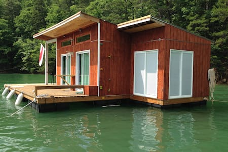 Floating House on Lake Fontana - Robbinsville - Barco