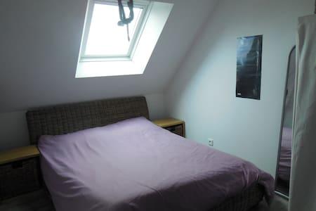 chambre avec lit double  - Mesquer - Casa