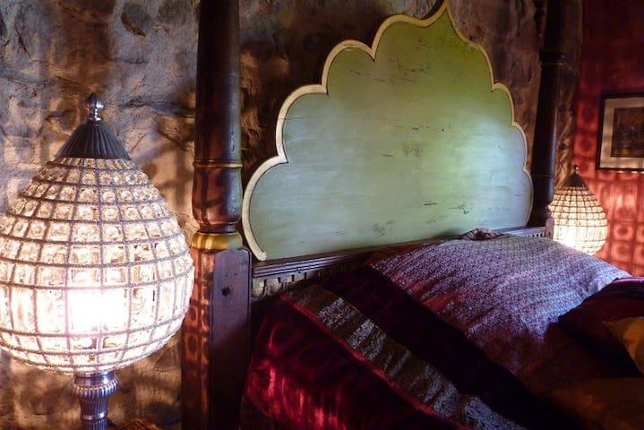 les rêveries d'une princesse nomade - Ouroux - ที่พักพร้อมอาหารเช้า