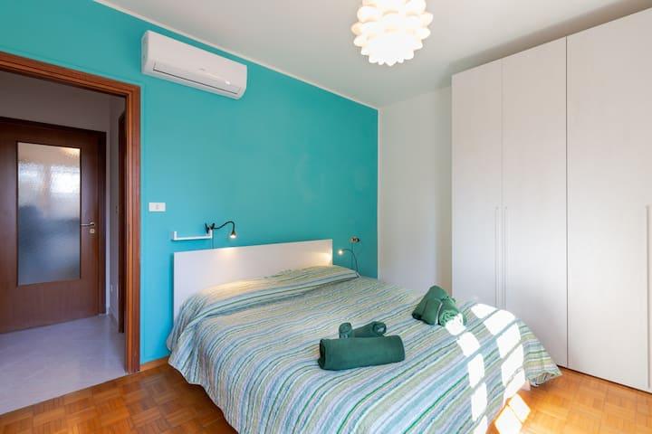 Cherubini Apartment (Unipol arena) CHECKIN 24H