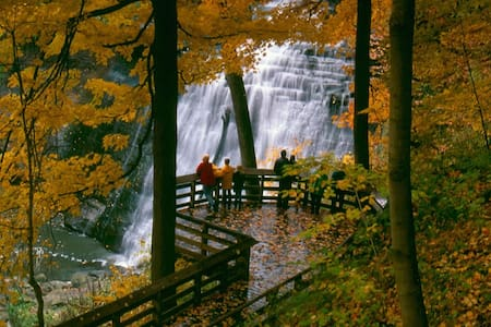 Brandywine Falls Hike, Bike & Relaxation Suite - Northfield - อพาร์ทเมนท์