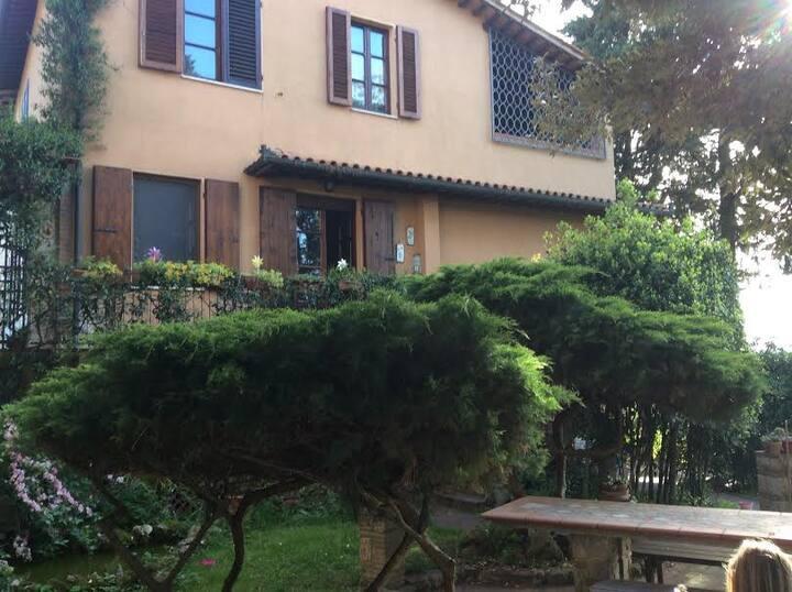 Villa Toscana nel Centro del Borgo