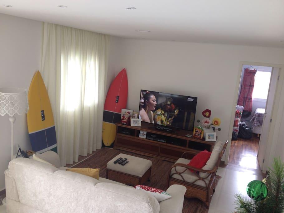Tv 55 polegadas 3d +DVD  + blueray + home+net + wi-fe .