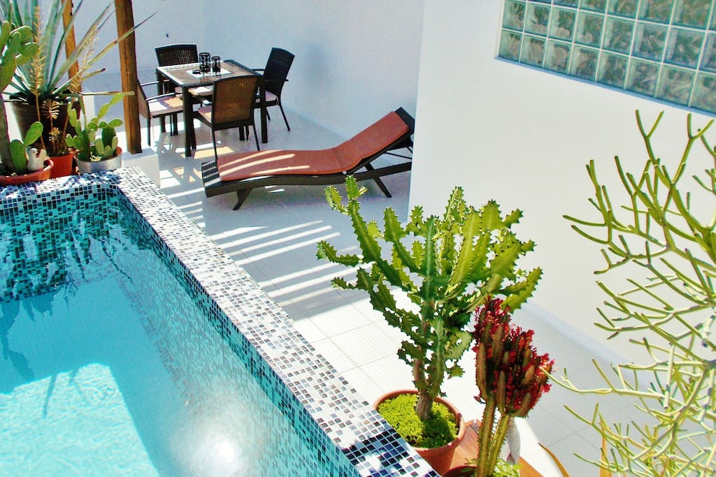 CASA NAAJ 3: Terrace with pergola and relaxing pool