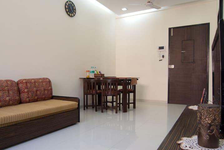 2 Bedroom Mount Mary Bandra Mumbai - Mumbai - Apartamento
