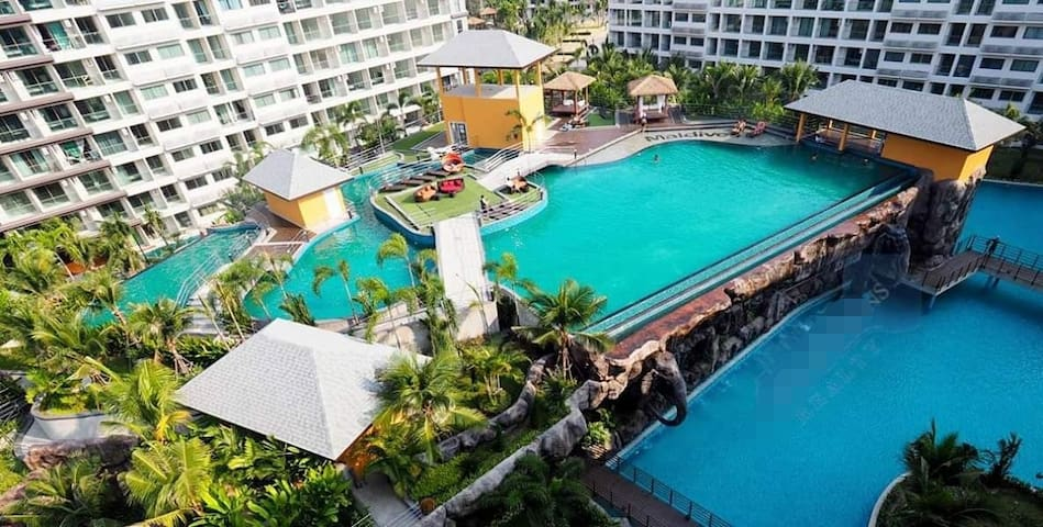 Chi-Maldives​ Jomtien​ Pattaya​ resortPool​ view​