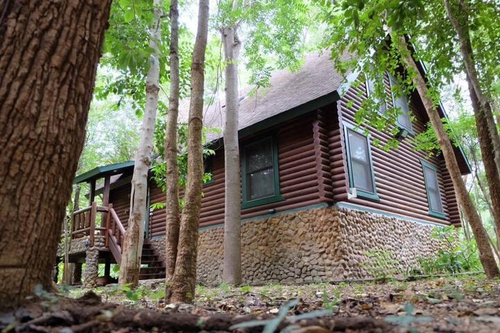 บ้านไม้ 3ห้องนอน2ห้องน้ำ บรรยากาศดี - ตำบล วังด้ง - Rumah