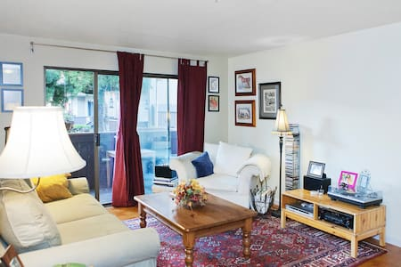 Classy 1-bd/1-ba Apt- walk to BART - San Leandro - Appartement