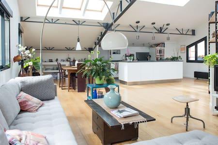 Large duplex 150 m2 quiet and bright, Paris Nation - Paris - Apartment