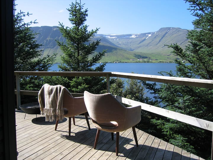 Near Reykjavik, Lakeside Cottage.